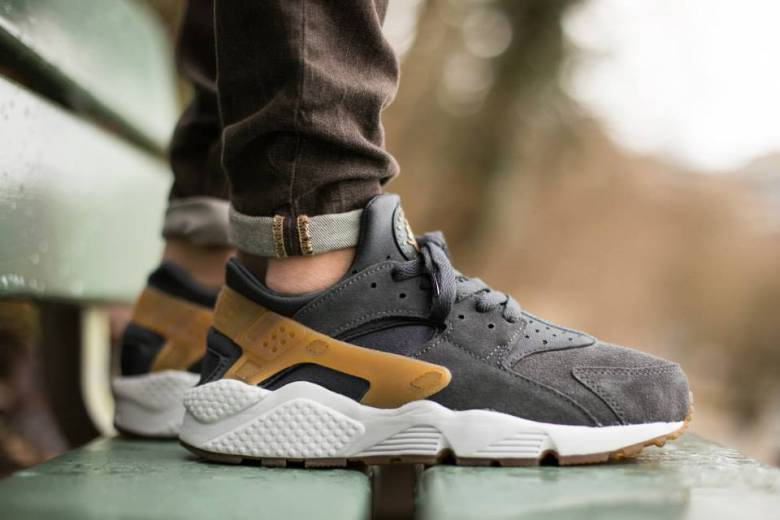 nike huarache grey anthracite