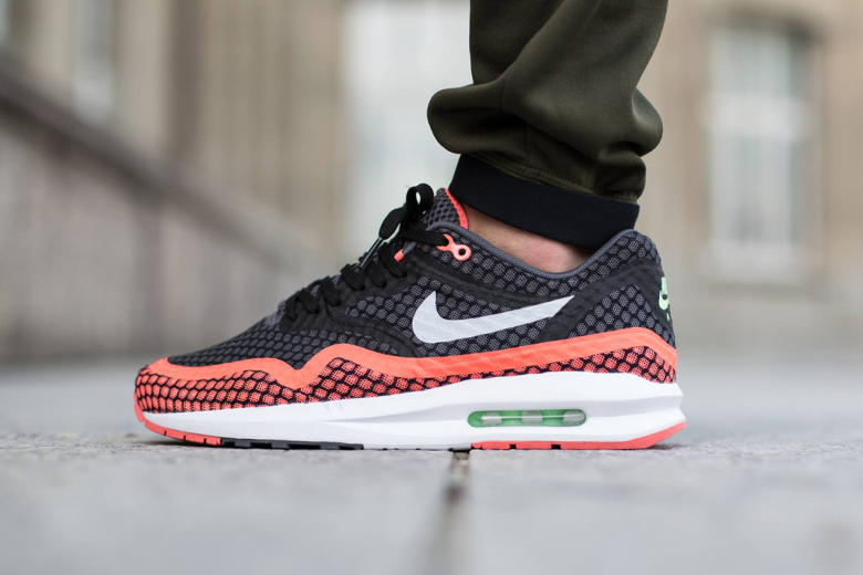 nike air max lunar 1 breeze hot lava young california. Black Bedroom Furniture Sets. Home Design Ideas