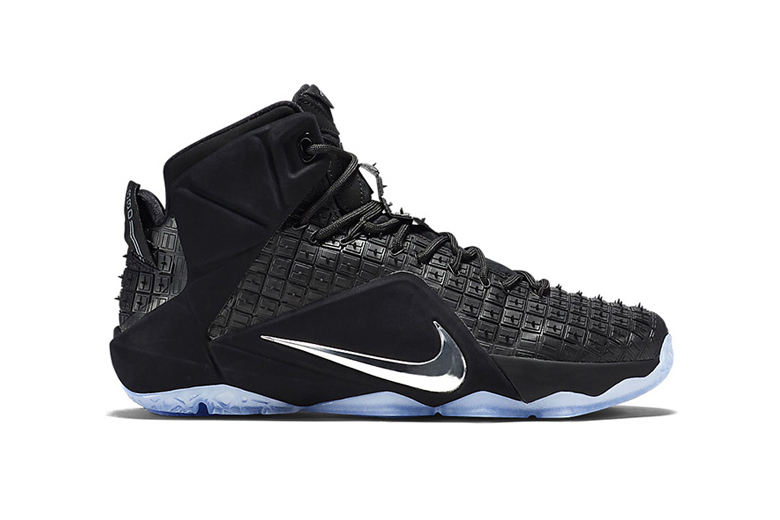 nike-lebron-12-ext-rubber-city-01