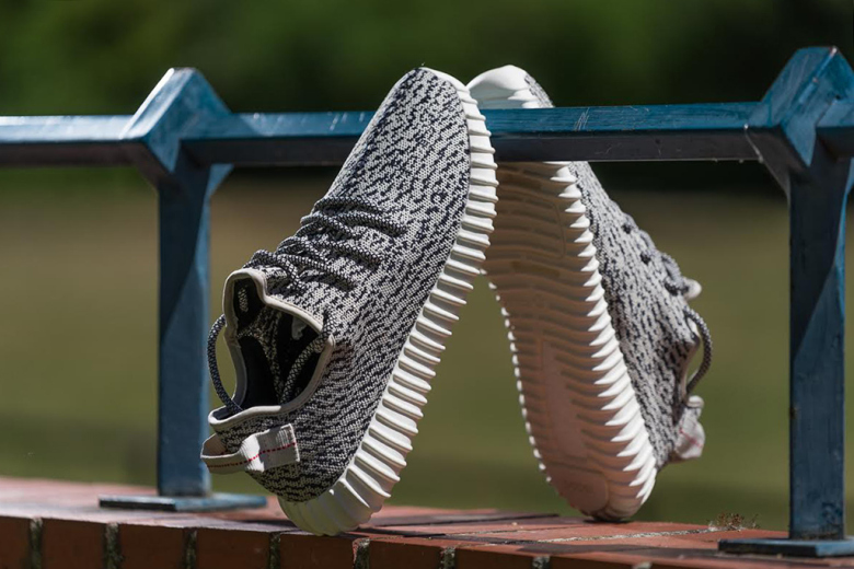 a-closer-look-at-the-adidas-originals-yeezy-boost-350-low-3