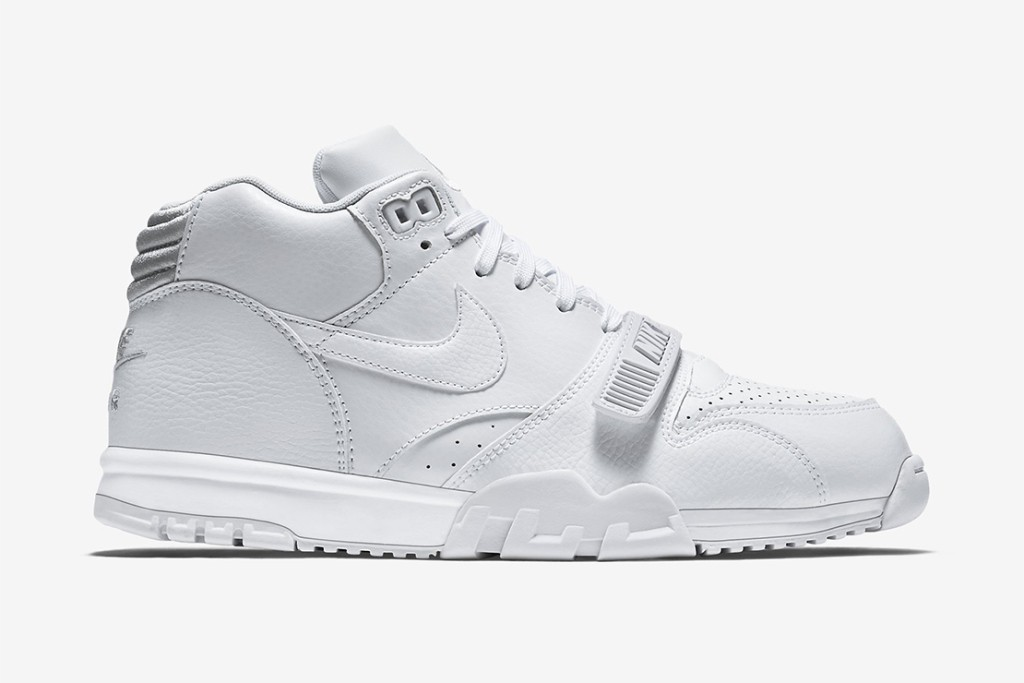 nike-air-trainer-1-mid-white-pure-platinum-1