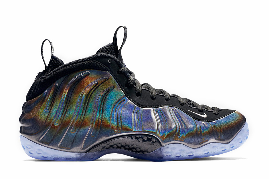 nike-air-foamposite-one-hologram-001