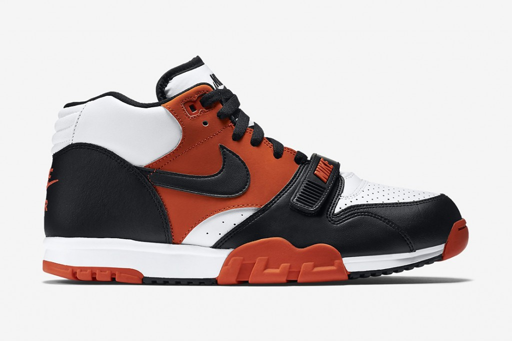 nike-air-trainer-1-mid-halloween-1