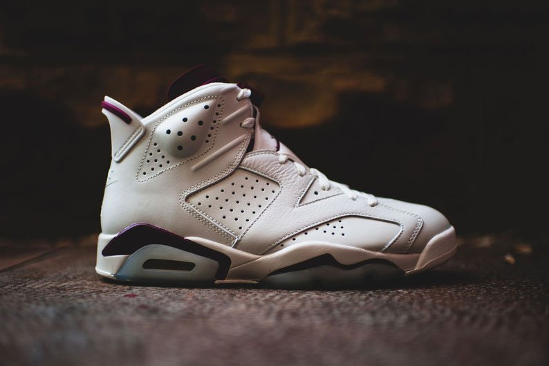 air-jordan-6-retro-maroon-001