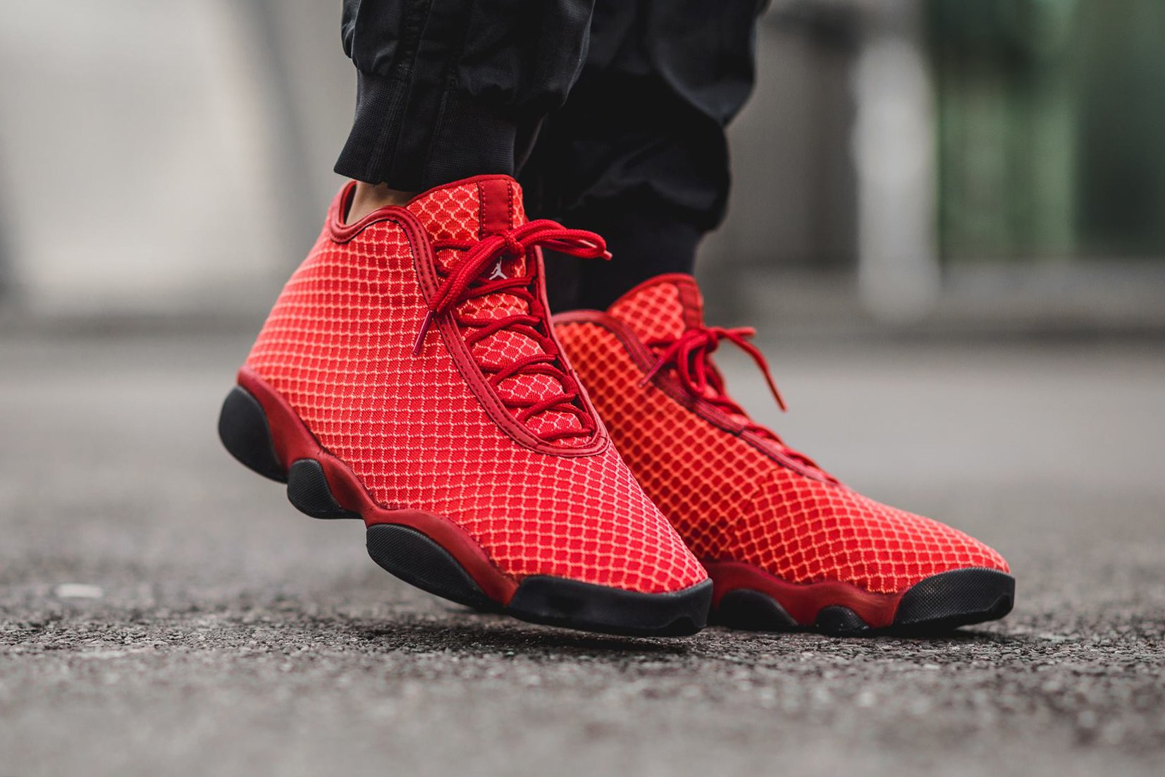 air-jordan-horizon-gym-red-3