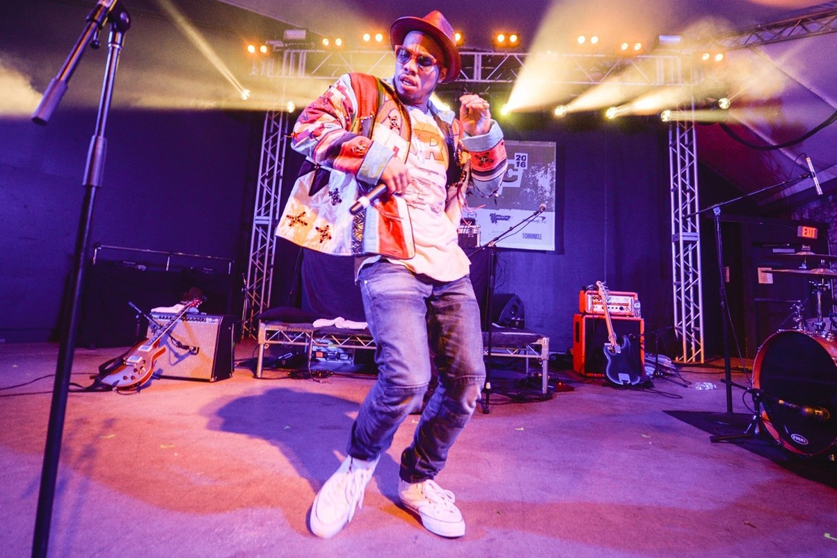 anderson-paak-brought-out-t-i-for-about-the-money-bring-em-out-at-coachella-0