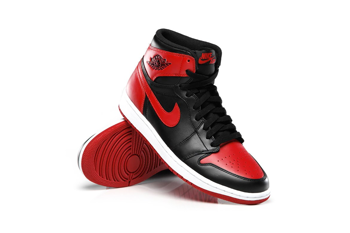 2016-air-jordan-1-retro-high-og-bred-sneaker-1