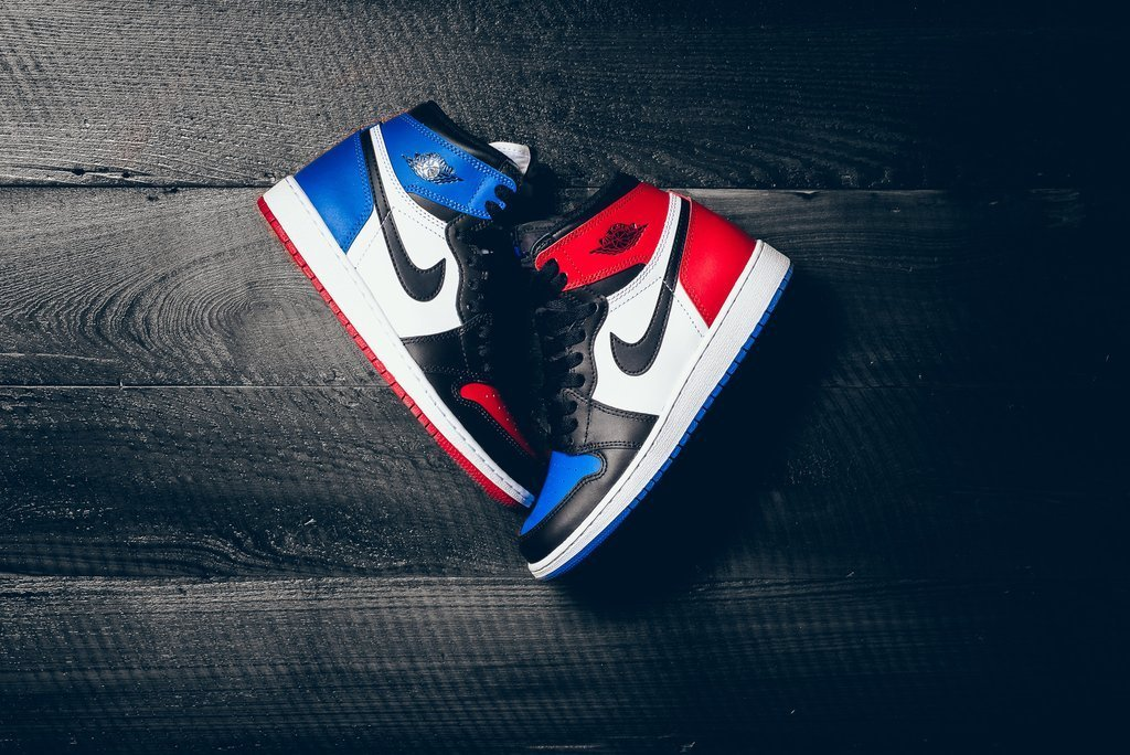 air-jordan-1-retro-high-og-big-top-three-a-closer-look-01