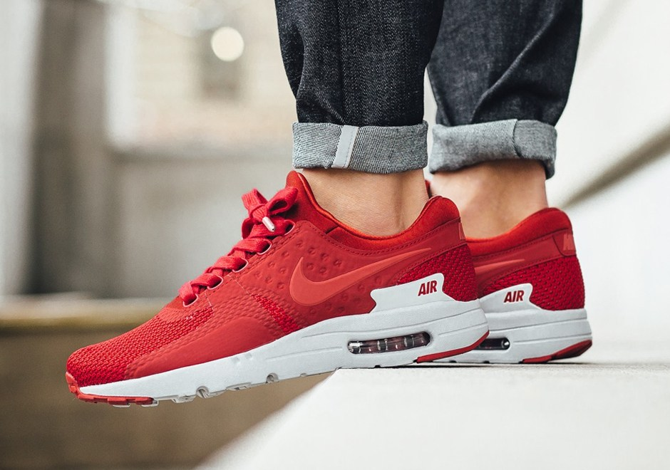 nike-air-max-zero-prm-gym-red-1