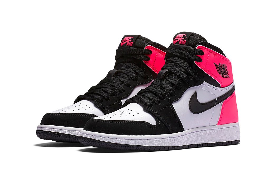 air-jordan-1-high-og-valentines-day-1