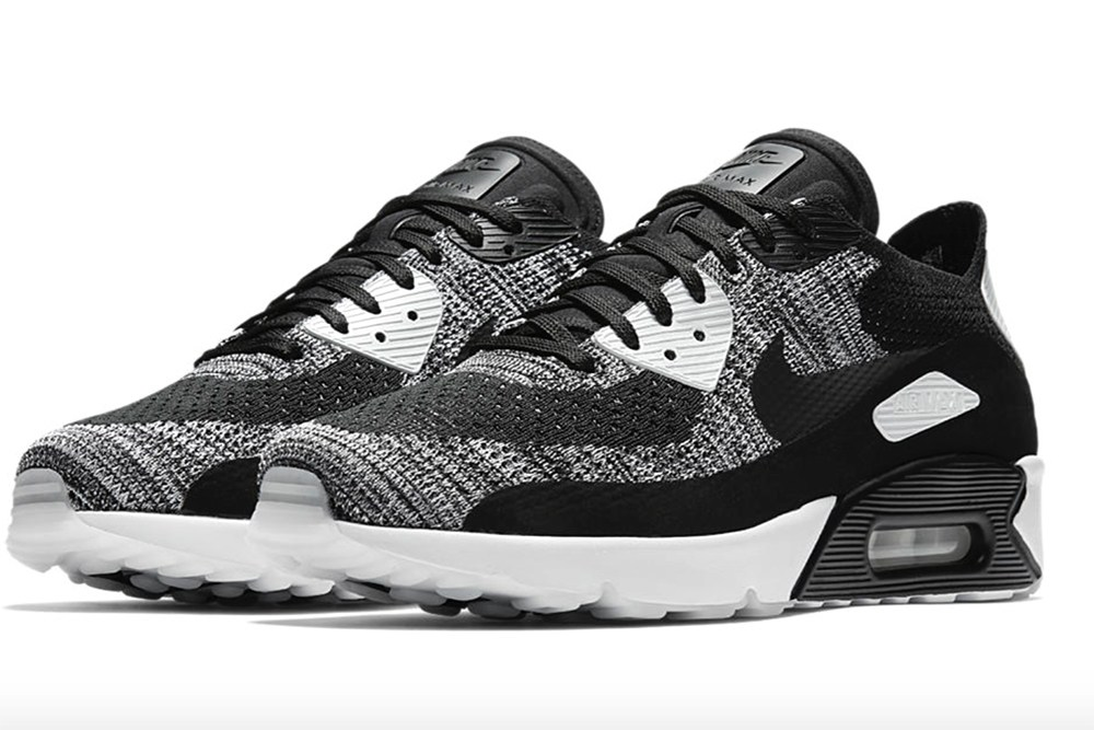 nike-air-max-90-ultra-flyknit-black-and-white-5
