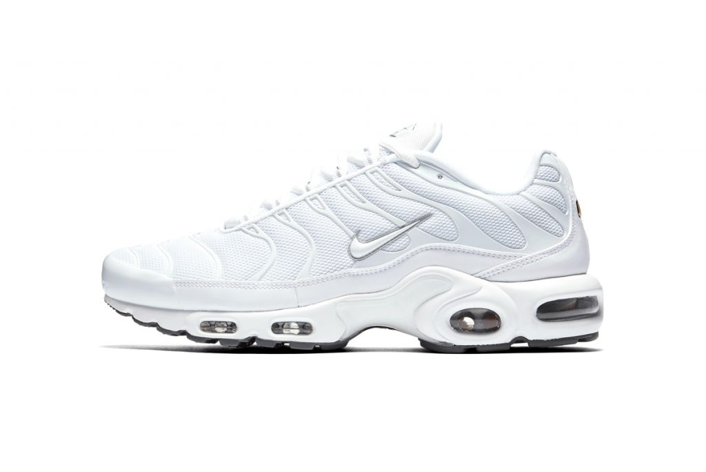 big sale 4b46e 50156 No release date has been set, but as the new year comes around it can be  expected that Nike will pull out the bells and whistle for this retro- futuristic ...